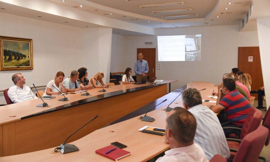 Презентирана можноста општина Охрид да го имплементира ГИС системот