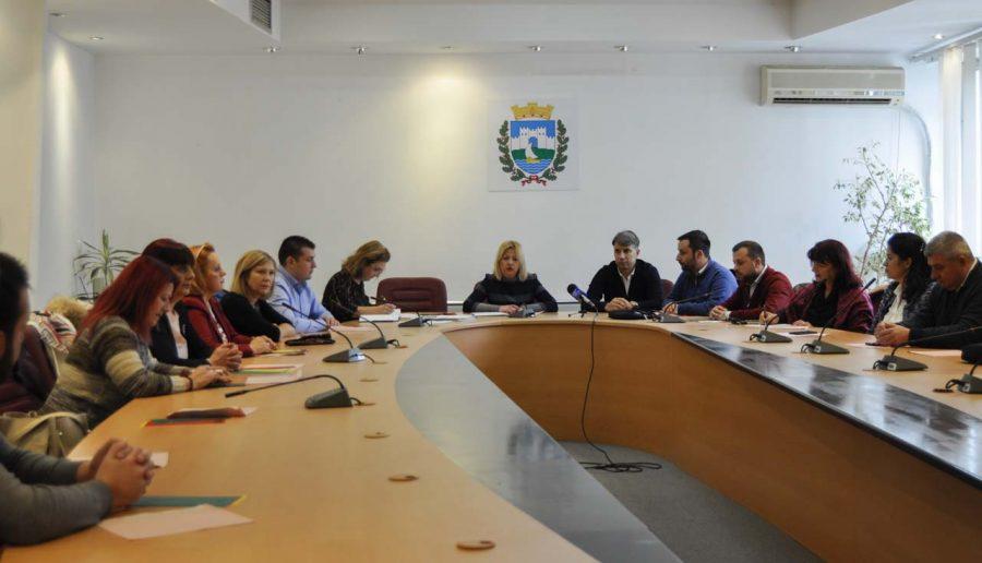 """Официјализирана поделбата на МЈП """"Проаква"""" на три јавни претпријатија"""